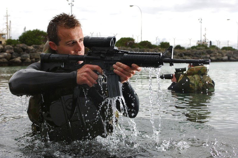 Commandos also conduct swimmer assault training. Photo : ADF