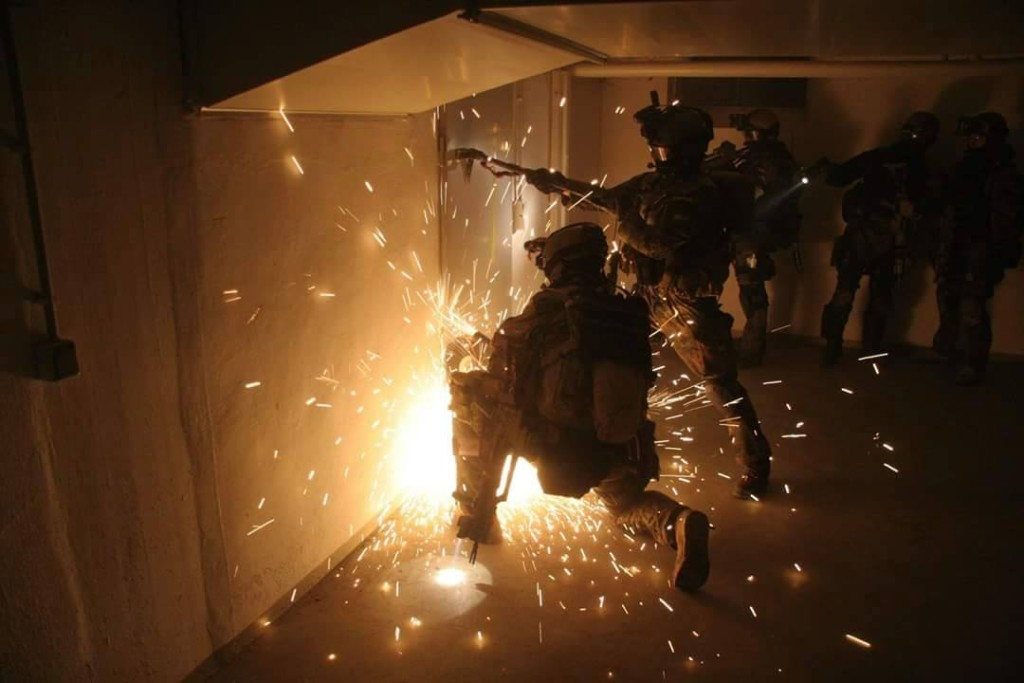 Special Ops – Combat Room Clearance Training – Special Forces News